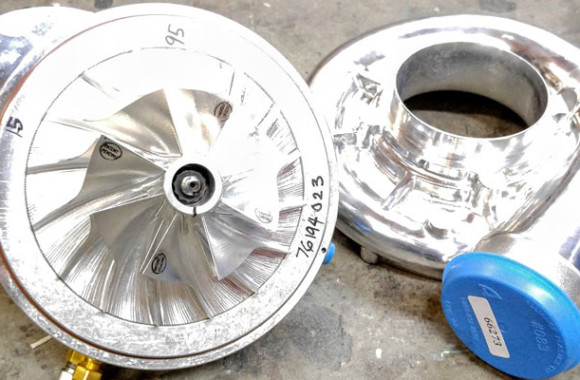 Vortech V7 YSi-b, billet wheel and polished housing